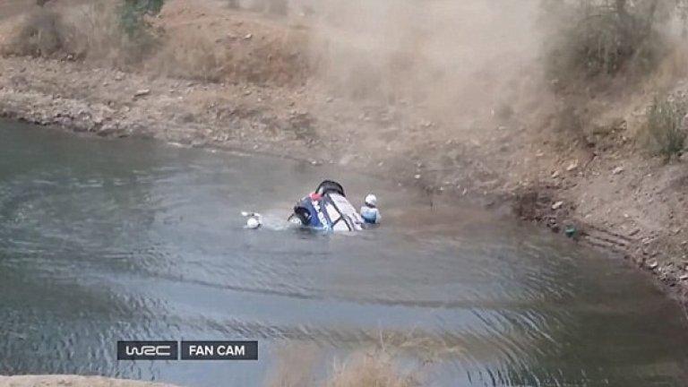 Естонски пилот на Ford едва не се удави в Мексико