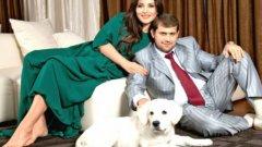 Босът Илан Шор е подозрителен в страната след обвинения за пране на пари и съмнителни инвестиции. Но в Орхей е герой за феновете на Милсами. Съпругата му Жасмин е също толкова популярна фигура в Молдова.