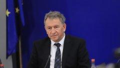 Кацаров разкритикува и бавния темп на ваксинация