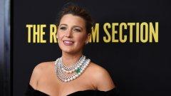 Актрисата сподели в Instagram колко неуверена се е чувствала в собственото си тяло