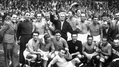 Италианските национали имат двоен повод за празник през 1938 г. - световната титла и това, че се спасяват от смъртната заплаха на диктатора Мусолини