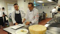 Вкусната идея за подпомагане на хората в нужда с остатъци от храната на олимпийците е на известния италиански шеф-готвач Масимо Ботура.