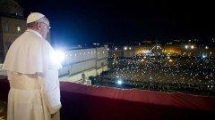 Папа Франциск осъжда семействата, които предпочитат да имат куче вместо дете