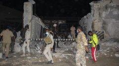 Десетки цивилни са пострадали