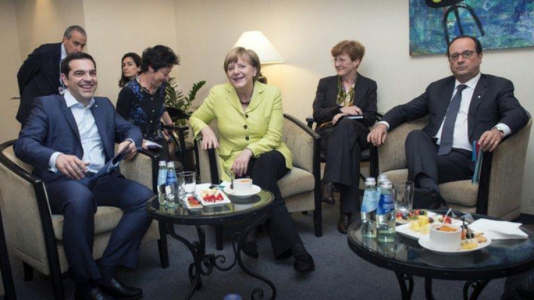 Алексис Ципрас си е уредил отново среща с Ангела Меркел и Франсоа Оланд. Председателят на ЕК Жан-Клод Юнкер обаче снощи отказа да говори с гръцкия премиер по телефона
