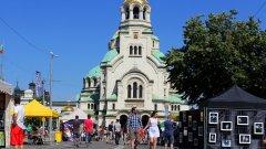 """За първи път фестивалът се провежда на площад """"Александър Невски"""" (Вижте още снимки в галерията)"""