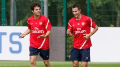 """Сеск Фабрегас продължава да се готви с Арсенал, а преговорите между """"артилеристите"""" и Барселона се подновяват днес"""