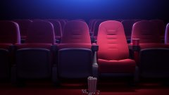 500 киносалона работят след успокояване на ситуацията около COVID-19, но зрителите все още не се осмеляват да отидат там.
