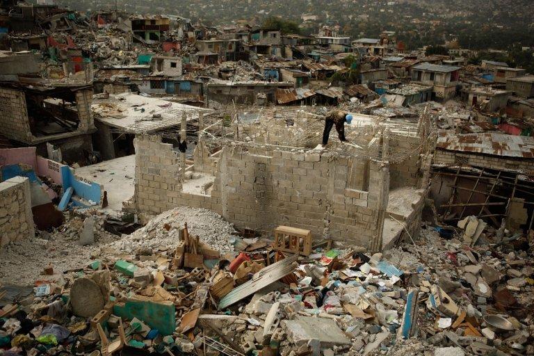 Хаити след земетресението през 2010 г.