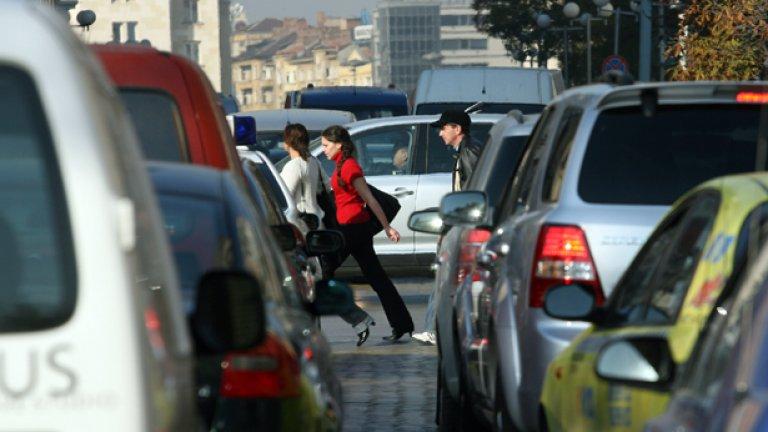 Столичната община се отказа и от решението си да повиши цените на платеното паркиране