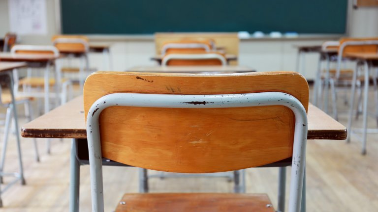 След 7. клас: Повече технически предмети и по-малко езици