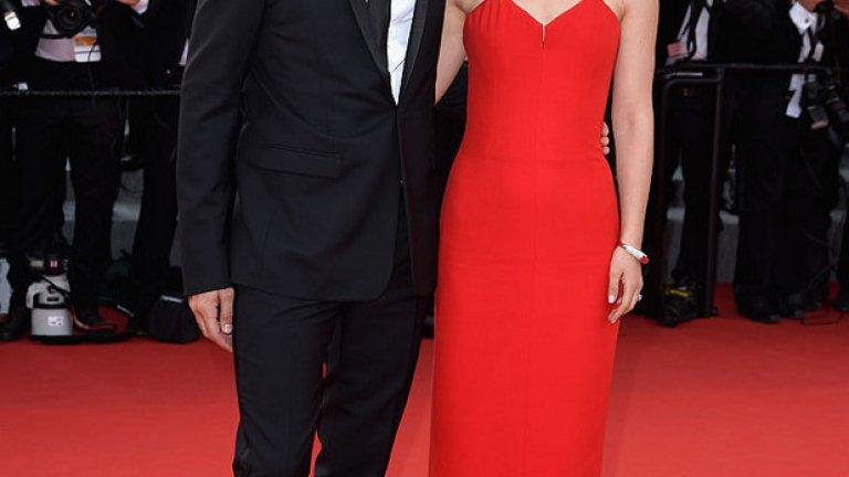 """Запознават се на снимачната площадка на """"Черният лебед"""". Той е главният хореограф, а тя - главната актриса. Бенджамин Милапие и Натали Портман се женят през 2012, а през 2017 посрещат второто си дете и първа дъщеричка в семейството."""