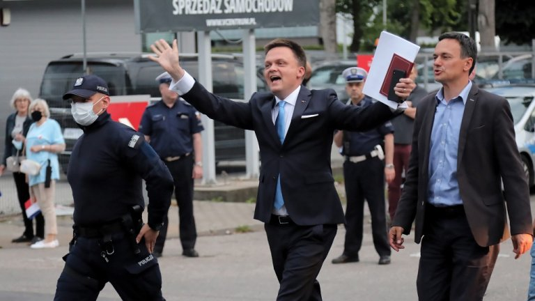 Популярен сред поляците, той иска да разклати двустранната партийна система на страната.