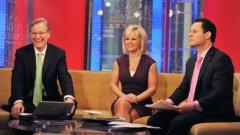 Гретчен Карлсън успя да спечели 20 млн. долара обезщетение от Fox News заради сексуален тормоз от страна на бившия дългогодишен директор на телевизията Роджър Ейлс