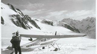 Мъжът, който се спусна със ски от Еверест