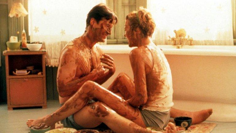 """""""Месец любов""""   Нелсън (Киану Рийвс) е подреден мъж, който държи живота си под строг контрол. Всичко се променя, когато се сблъсква със Сара (Шарлийз Терон) и прекарва един месец с нея. Постепенно красивата блондинка изпълва живота на Нелсън с радост, приятни емоции и, разбира се, много любов. После се оказва, че дните на Сара са преброени и… следват доста сълзи пред екрана."""