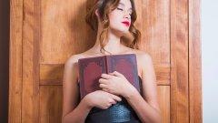 Издателите на писателката я описват като жена, която преобръща идеите за морал и етика