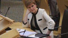 Премиерът Никола Стърджън обяви, че ако партията ѝ бъде преизбрана, основният ѝ приоритет ще е новото допитване
