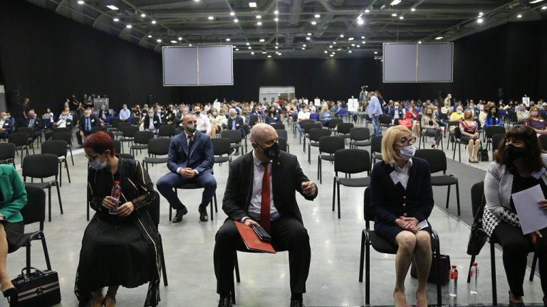 Днес и следващата събота прокурори от цялата страна избират нов представител в Прокурорската колегия на ВСС