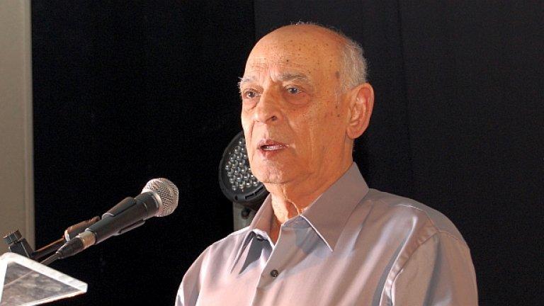 Освен писател, Сами Михаел е и президент на Асоциацията за граждански права в Израел