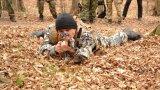 Групировките се стремят да привличат хора с военен или полицейски опит, за да повишат бойната готовност на членовете си