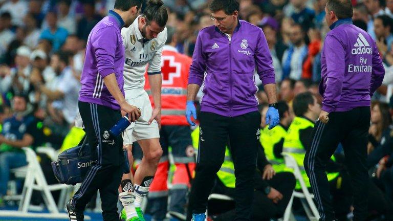 """Гарет Бейл (Реал Мадрид) Уелсецът вече е напълно възстановен от поредната си контузия и се завърна на тренировъчния терен. Все пак, пропусна домакинската победа с 3:0 над Лас Палмас, но се очаква да бъде готов за дербито с Атлетико Мадрид на """"Уанда Метрополитано"""" следващия уикенд. Сред завръщащите се от контузии са още Матео Ковачич, Рафаел Варан, Кейлор Навас и Дани Карвахал."""