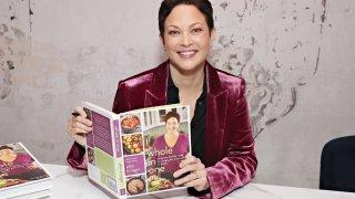 Тя е готвачката, която знае точната рецепта за удоволствието от здравословната храна