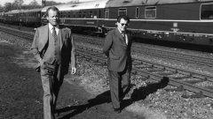 Канцлерът Вили Бранд и шпионинът Гюнтер Гийом по време на предизборната кампания през 1972 г.