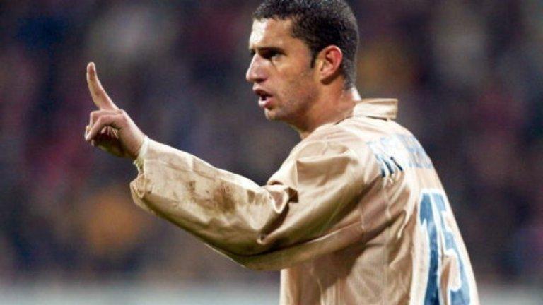 Фабио Рочембак (2001-03) Началото на 21 в. бе колеблив период за Барселона, а Рочембак бе част от неособено впечатляваща полузащитна линия. В Англия с екипа на Мидълзбро получи доста повече признание.