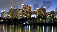 Курортът Атлантис на бахамския остров Парадайс, където се проведе най-големият покер фестивал в света извън Лас Вегас - PCA 2011