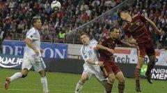 """Словакия - Русия е възлов мач за най-сложната група """"В"""", където цели четири отбора се борят за класиране за Евро 2012"""