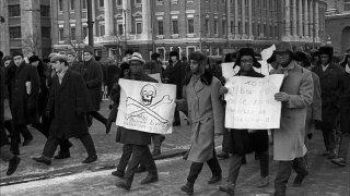 Първият анти-расистки протест в Москва - провокация или организирана атака