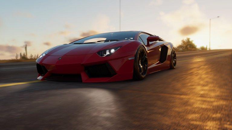 Lamborghini Aventador Aventador, известен още като Дивия бик, дебютира на автосалона в Женева през 2011 г. И въпреки че първоначалната бройка, предвидена за производство, е 4000, тя бързо набъбва до 5000, след като се оказва, че всички желаят Aventador. Под капака на този звяр мъркат 690 коня и той достига скоростта от 100км/ч само за 2, 9 секунди. Днес Aventador е сред най-успешните модели на Lamborghini.