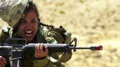 Председателят на парламентарната група на ГЕРБ Красимир Велчев лелее мечти да се върне военното обучение в България и жените също да се обучават да стрелят и отбраняват родината - като в Израел (на снимката)