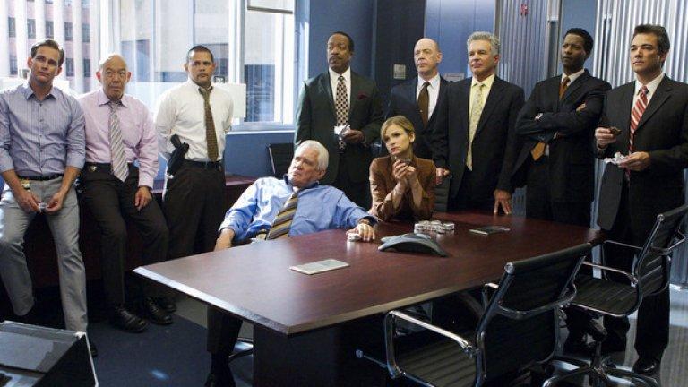 Разобличаване (сезон 7) стартира от 14 април по Fox Crime. Бренда е бивша следователка от Атланта, която се мести в Лос Анджелис, за да поеме специален отдел, натоварен с най-деликатните и заплетени случаи на убийства. Тя е елитен следовател и притежава таланта да измъкне самопризнания от най-неразгадаемите плетеници от лъжи