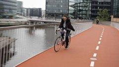 """""""Велосипедната серпентина"""" (Cykelslangen) в Копенхаген би трябвало да доближи града до """"рай за велосипедистите"""", но тя не решава другите проблеми: липсата на места за """"паркиране"""" на колела"""