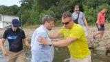 """Лидерът на """"Да, България"""" влезе в конфронтация с охранители"""