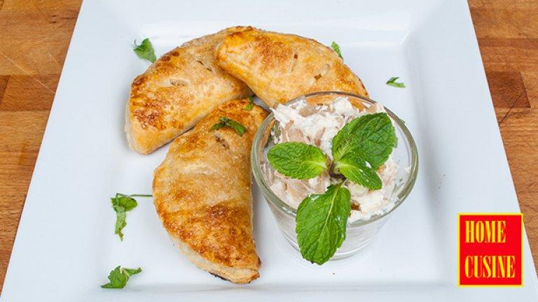 Сладкиш с крема сирене и круши