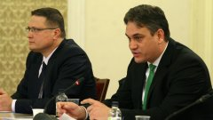 Николай Николов (вляво) и Пламен Георгиев са двамата кандидати за председател