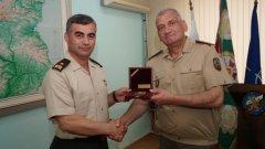 Андрей Боцев (вдясно) е спряган за нов началник на отбраната