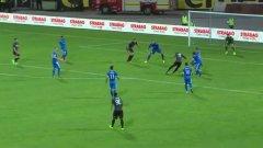 Охандза бележи изравнителния гол, с който надеждите на Левски приключиха