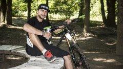 Нищо не може свали Милан Димов от колелото