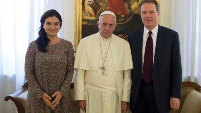 Говорителят на Ватикана изненадващо подаде оставка