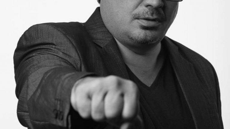 """Иван Ласкин   Колоритният актьор от арменски произход Иван Ласкин е роден на 10 март 1970 г. Поне две поколения от българската публика го помнят във """"Васко да Гама от село Рупча"""", """"Честна мускетарска"""", """"Вагнер"""", """"Хайка за вълци"""", """"Дунав мост"""" и """"Магьосници"""", """"Колобър"""", """"Приятелите ме наричат Чичо"""", """"Рут"""", """"Църква за вълци"""", """"Най-важните неща"""", """"Грях"""", """"Стъклената река"""". Участва и в европейски и американски продукции. Играл е и на сцените на почти всички софийски театри. Той си отиде на 6 януари 2019 г. едва на 48 години."""