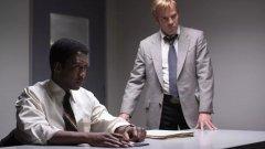 """True Detective - 13 януари   Сезон 3  Носителят на """"Оскар"""" Махершала Али и Стивън Дорф влизат в ролите на детективи от Арканзас, ветерани от войната във Виетнам, които разследват изчезването на момче и момиче през 1980 г. Третият сезон на """"True Detective"""" ще бъде режисьорски дебют за създателя на сериала Ник Пицолато, който ще споделя отговорностите си с Джеръми Солниер (""""Green Room"""") и Даниел Сакхайм (""""The Americans"""")."""