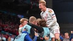 """Дания успя в името на Ериксен! Мач за историята прати """"червения динамит"""" в следващата фаза"""