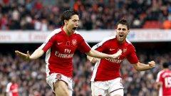 """Самир Насри вкара единия от головете за Арсенал при последният мач на двата тима на """"Емирейтс"""" завършил 2:1 за """"топчиите"""""""