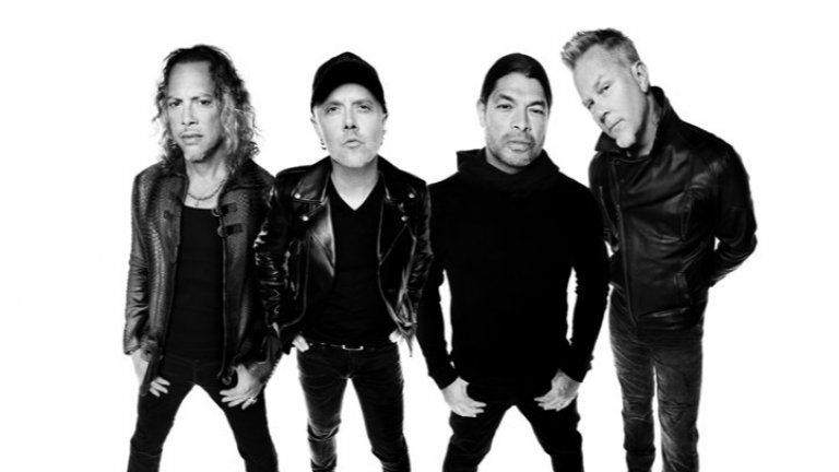 Групата пуска нова версия на албума и събира 53 банди, които да направят своите кавъри на парчета от The Black Album
