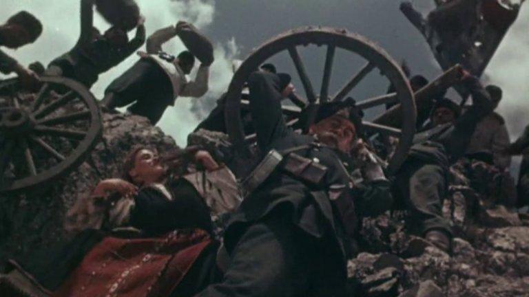 """""""Героите на Шипка"""" Филмът печели приз от фестивала в Кан, въпреки че  излиза през 1955 г, когато Европа е разделена на комунисти и капиталисти и всеки си знае мястото. Филмът е на руския режисьор Сергей Василев и е вдъхновена от одата на Иван Вазов """"Опълченците на Шипка"""". Пресъздава динамиката на битките за Плевен, Стара Загора и връх Шипка, където българското опълчение се сражава рамо до рамо с руските войници."""