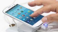 20. Samsung Galaxy S III  Най-добрите - отзад напред. Samsung Galaxy S III, който излезе през 2012 г. с Android 4.04, е един от 20-те най-продавани телефони на всички времена. По всеобщо мнение - Galaxy S III беше устройства, който откри пътя на Samsung към световната доминация на пазара на мобилните технологии. Досега са продадени 60 млн. бройки от този модел.